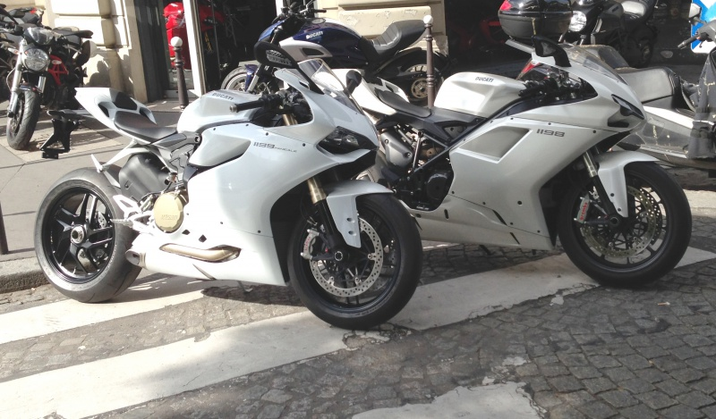 DUCATI 899 Panigale et future 959 ? - Page 5 790370IMG0425