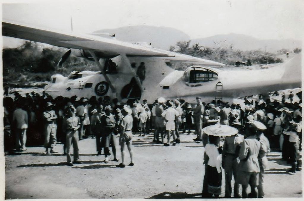 [ Aéronavale divers ] [ 1945-1950 L'histoire des grands oiseaux blancs à tête de loup noir en Indochine 790744CatalinaHu