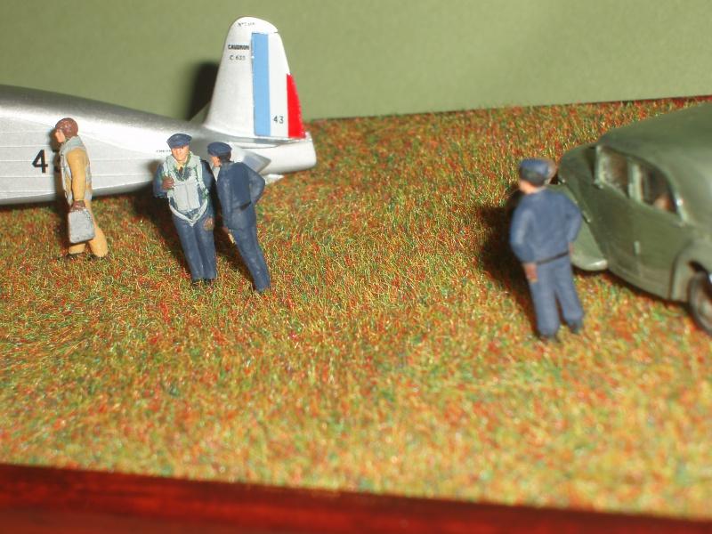 Diorama Caudron Simoun C635 Armée de l 'Air 1940 ! 792224P1010341