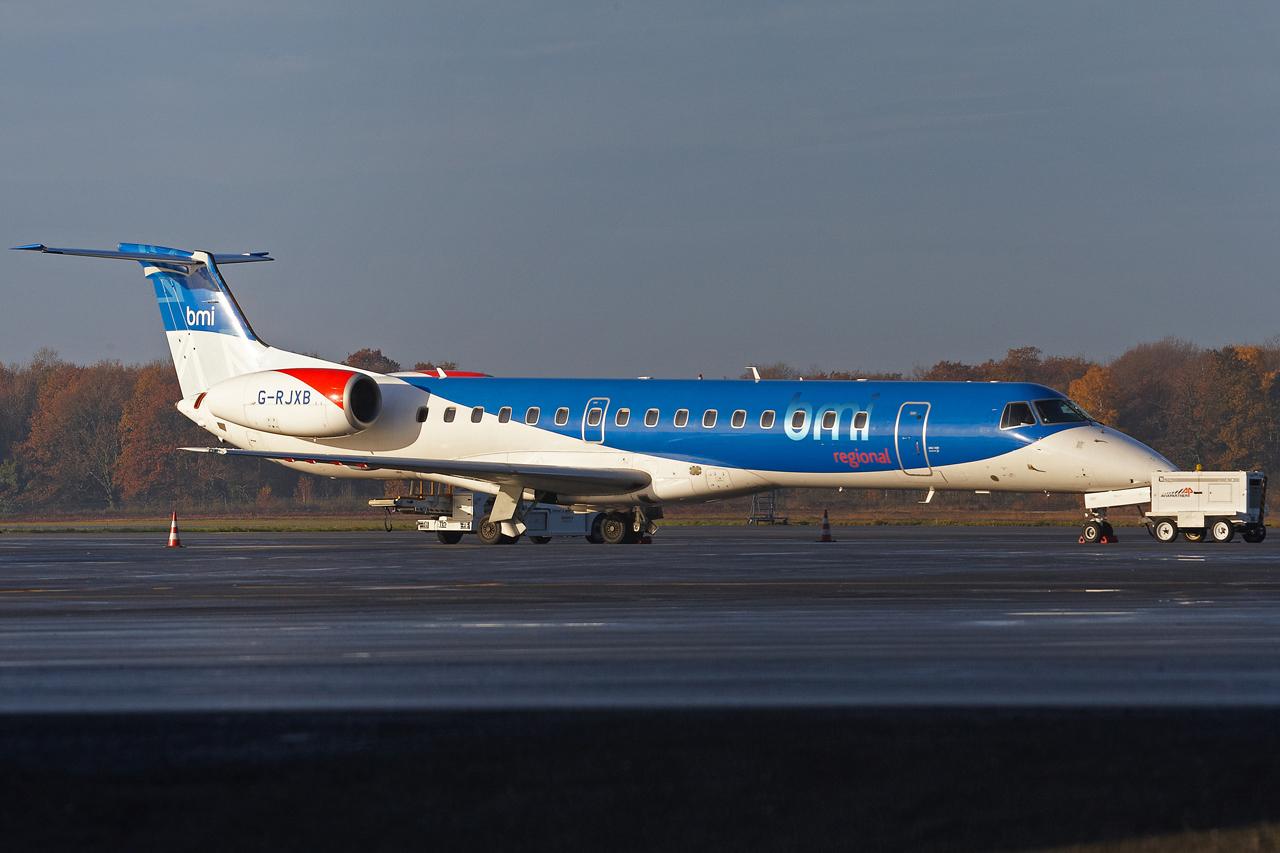 [14/12/2013] Embraer ERJ145 (G-RJXB) BMI Régional 794455GRX9027