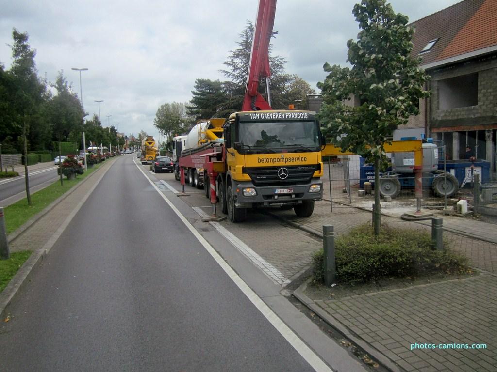 Pompes a beton + Camions malaxeur (Camions Toupie) 794719photoscamions12X20129Copier