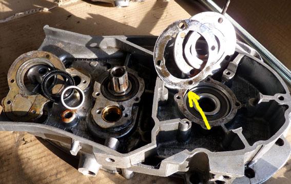 MZ 125 TS changement de roulements d'une MZ 125TS 795030P1030120