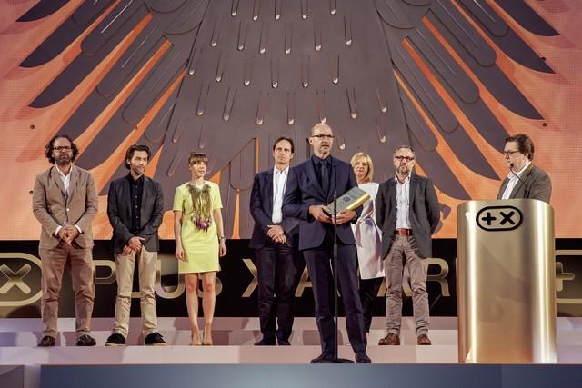 Plus X Awards 2016 : Volkswagen se voit décerner le premier prix  797087hddb2016al01588large