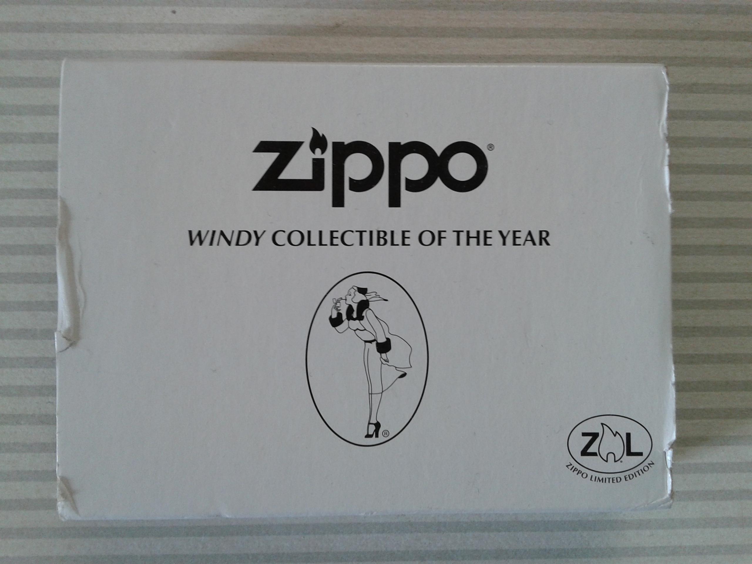 Les boites Zippo au fil du temps - Page 3 799543WindyCOTY20131