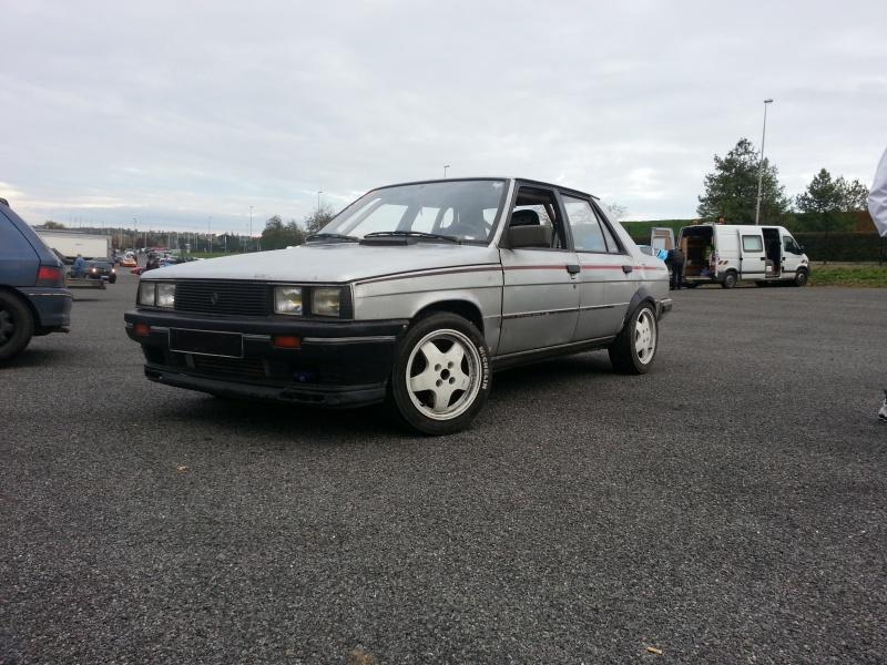 Mimich et sa R9 Turbo (du moins ce qu'il en reste) 80328920121118161351
