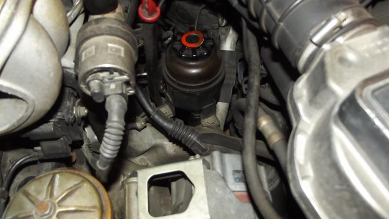 [BMW E36] Défaut d'étanchéité du vase de direction assistée 80522807RservoirATF