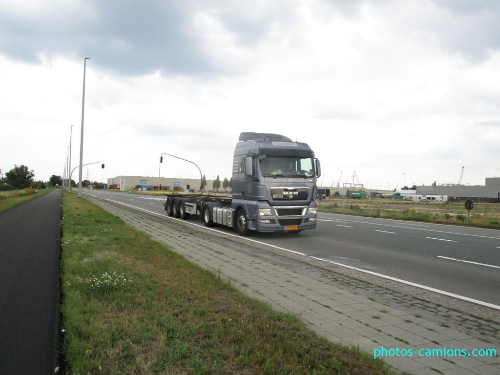 photos-camions.com /></a><br /><br />Van der Elst - Nieuwerkerk a/d Ijssel</div><div class=