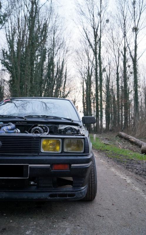 Mimich et sa R9 Turbo (du moins ce qu'il en reste) 808155DSC01053