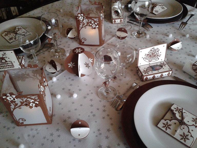 Ma table de Noël  808395DIMINUER1