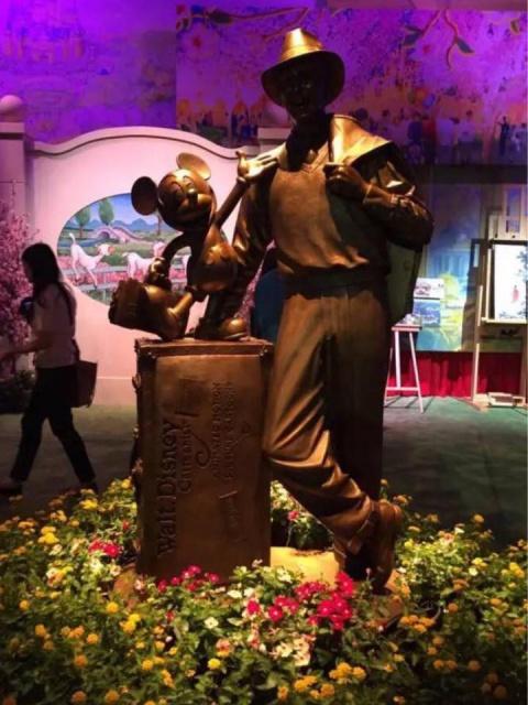 [Shanghai Disneyland] GARDENS OF IMAGINATION (Fantasia Carousel/Dumbo/Mickey/Marvel/Golden Fanfare/Parade) 808400sd20