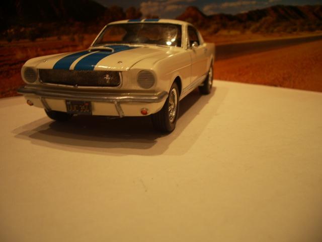 mustang shelby 350 GT 1965  kit monogram 1/24 . 808992IMGP3087