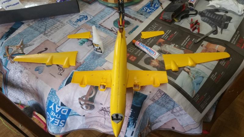 DOUGLAS DC-6B SECURITE CIVILE maquette HELLER au 1/72° 81568820171206110637
