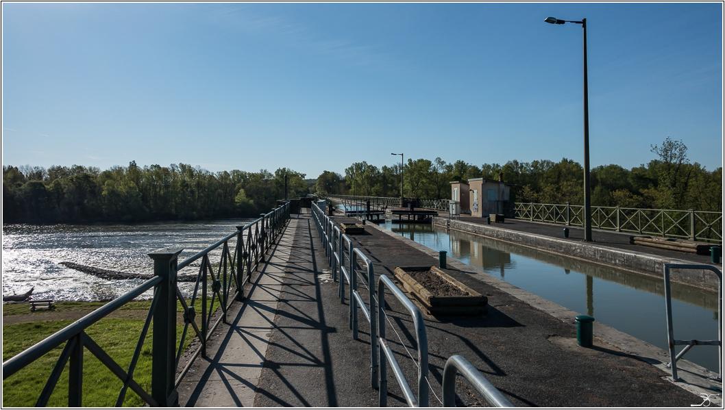 Pont canal sur l' allier 817907LR6DSC07233