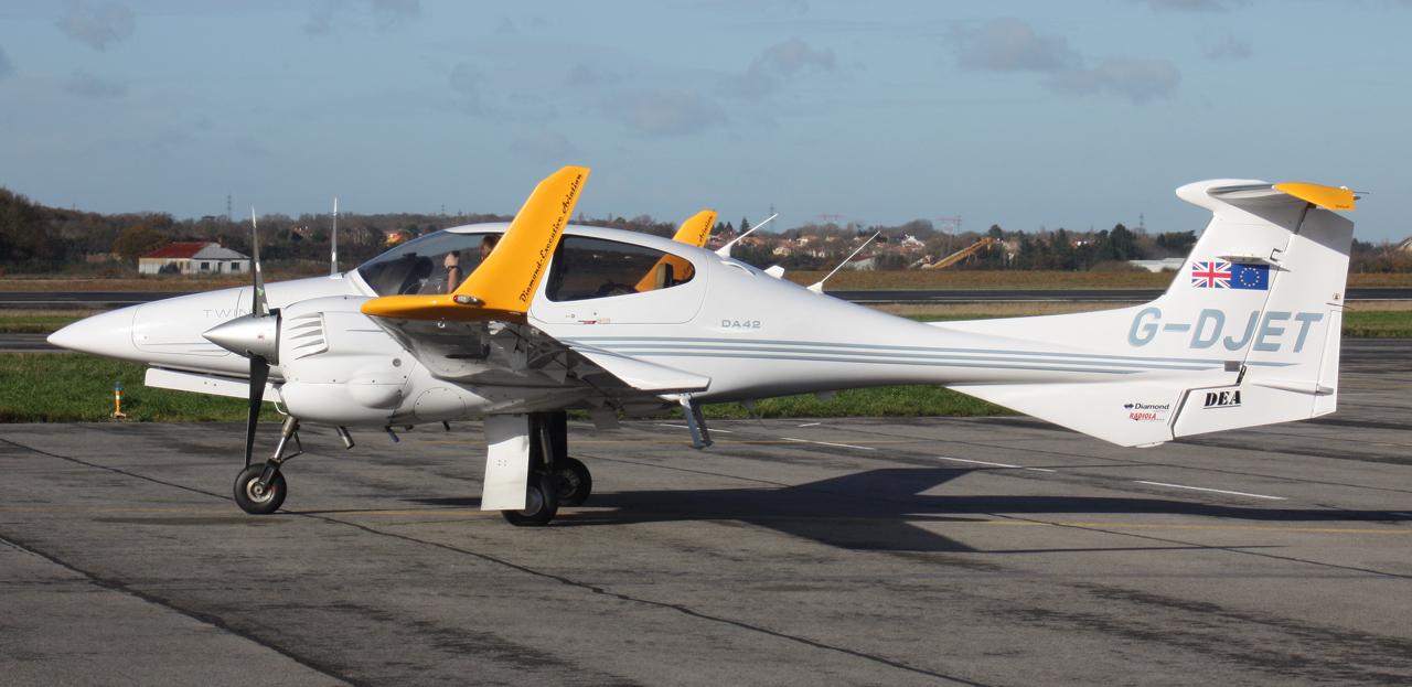 [BIZ JETS] L'Aviation d'Affaires de 2012... - Page 10 825443IMG2811