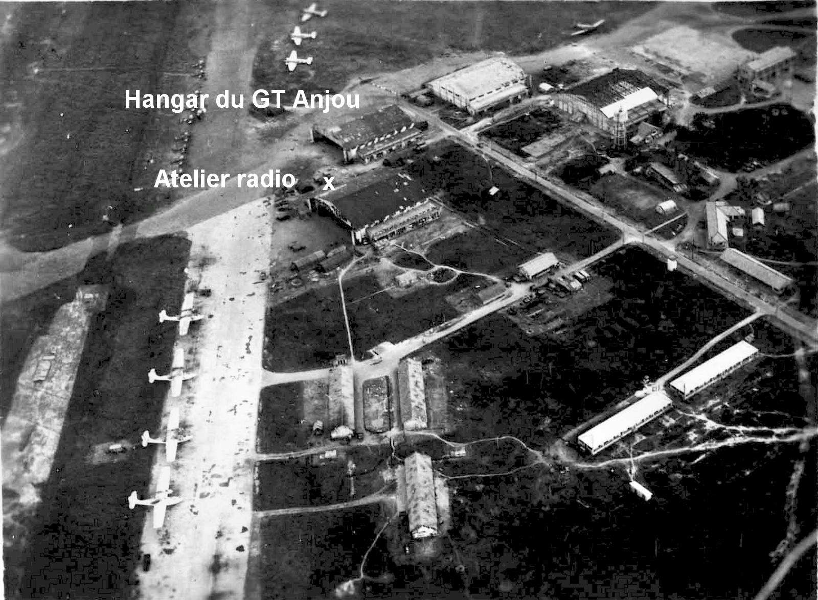 [ Aéronavale divers ] [ 1945-1950 L'histoire des grands oiseaux blancs à tête de loup noir en Indochine 8269551947TansonnhutZoneBasemobile
