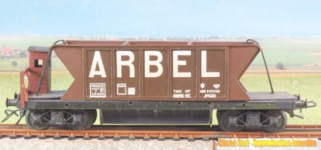 Wagons trémie à bogies maquette 828351VBtrmiebogiesArbelmarronguriteIMG3618R