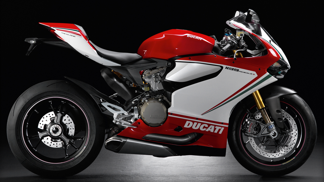 ducati 1199 Panigale ( Topic N.3 ) - Page 6 830881ColorSBK1199PanigaleSTricolore1067x600
