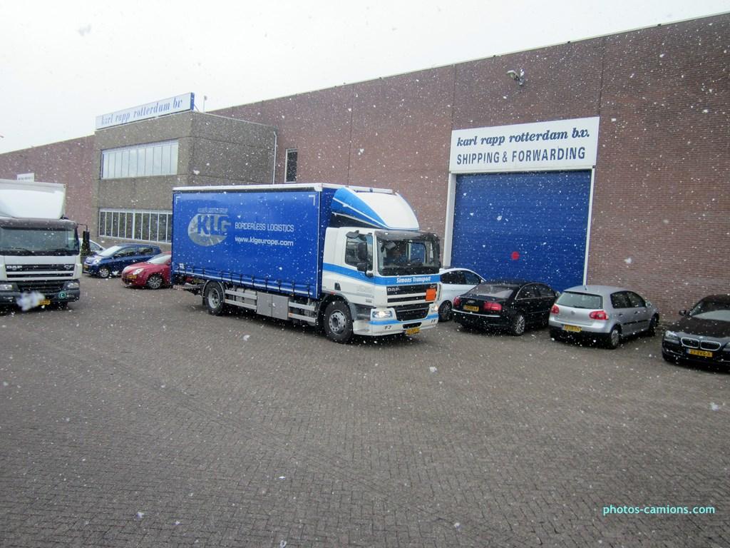 Simons Transport (Velden) 833447photoscamions14III2013541