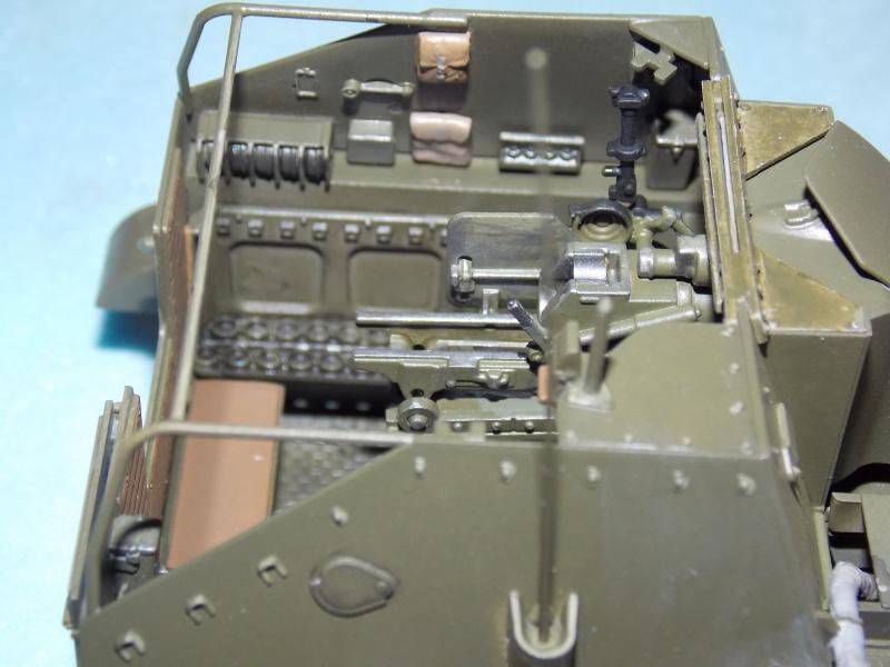 SU 76 M Tamiya et ruine Verlinden 1/35 - Page 4 835435DSCN4364