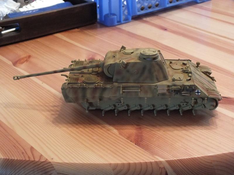 Panther Ausf D Dragon 1/35 avec Zimmerit réf. 6428 (FIN  DE PATINE , finitions lors de la  mise en place sur Dio) - Page 3 837221DSCF6402