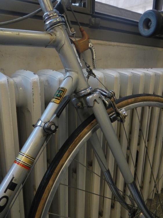 Peugeot 3 tubes 531 837889DSCN4122