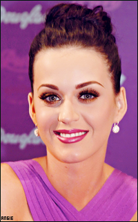 Ma petite galerie des horreurs - Page 11 841727KatyPerry9