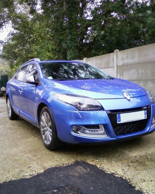 [FabGtLine] RM3 Estate 1.6 DCI 130 GT Line Bleu Malte 842573Photos0007