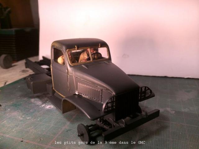 us white 666 cargo truck au 1/35 en Normandie hobby boss - Page 6 845595soldat034