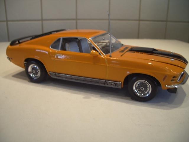 mustang 1970 MACH 1  au 1/24 de chez revell  850938IMGP8826