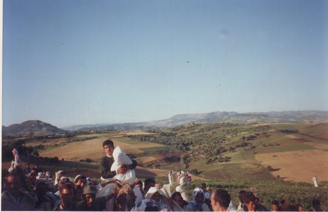 من أعراس بني مسارة السفلى هذه المرة العريس كنوني والعروسة من فرقة     احجار بني عيش 851463485