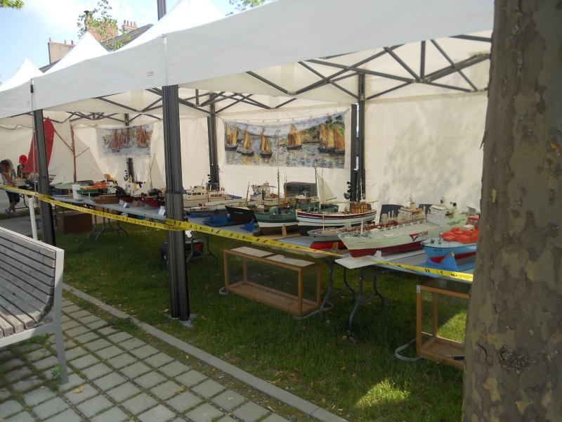 démo de maquettes navigantes sur la place Napoléon à la Roche S/Yon le 31 Mai et le 1er Juin 853086DSCN4049