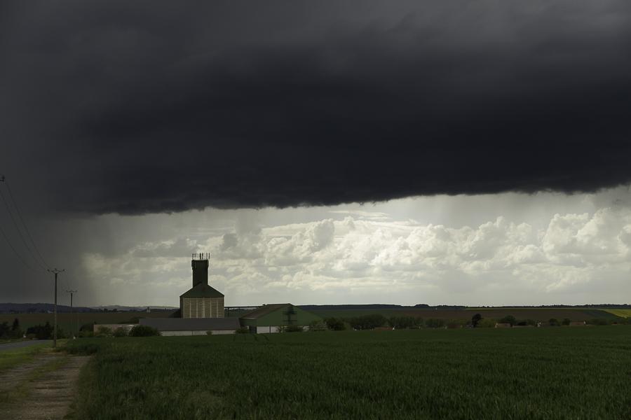 Orages 12/05 vers le nord de Meaux (77) 856794IMG3317