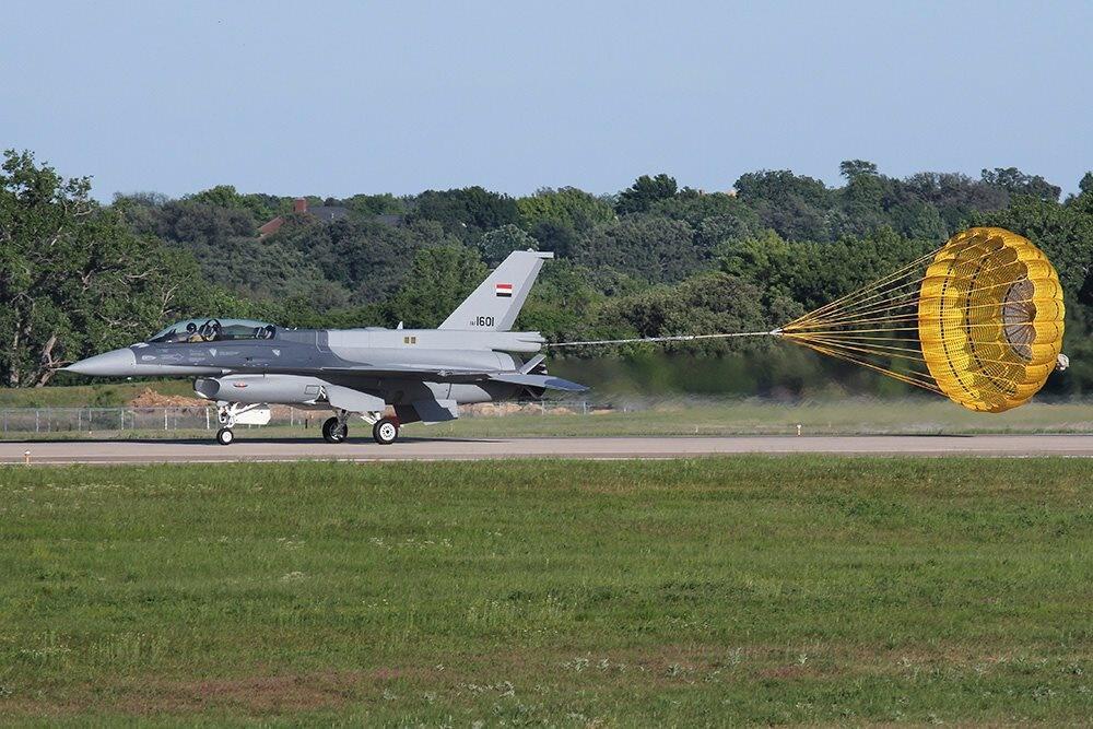 صفقه مقاتلات F-16 للعراق .......متجدد  - صفحة 6 860990Bm3SXCXCUAAjSijpglarge
