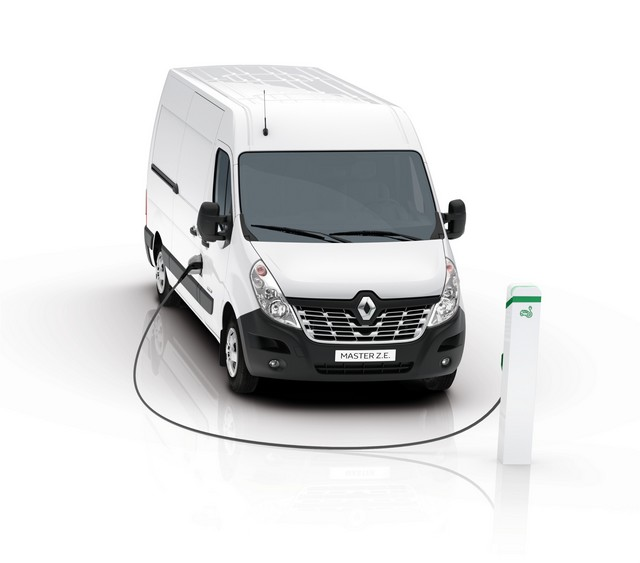 Renault Pro+ présente en première mondiale deux nouveaux véhicules utilitaires électriques 8625698593716