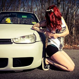 Volkswagen et ses donzelles ... - Page 38 86306119648322255828442977011783295131n