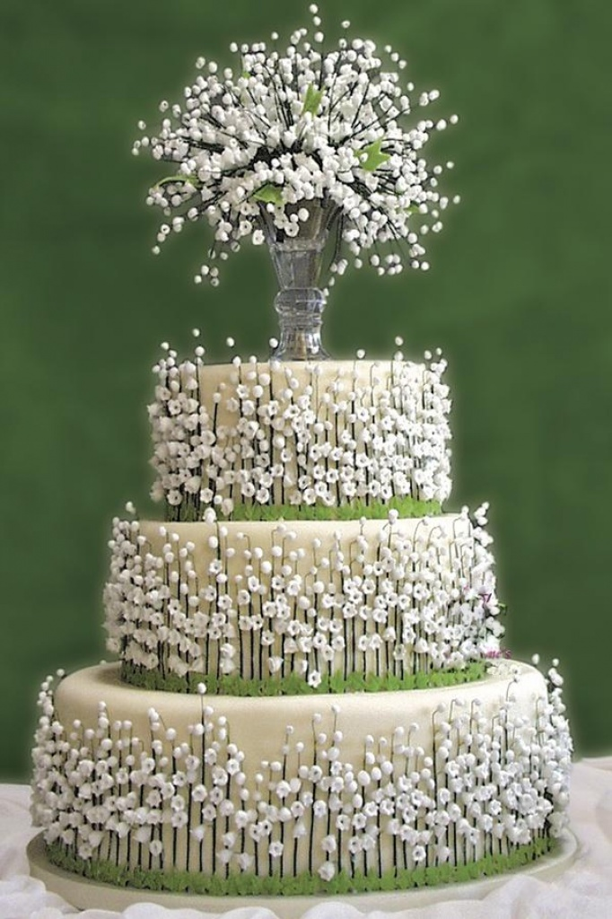 **  LE PASSAGE JOURNALIER ** - Page 2 868702lilyofthevalleywhitegoldweddingcakespinterest