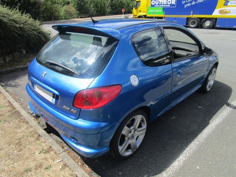 206 RC bleu récif 870400IMG1119