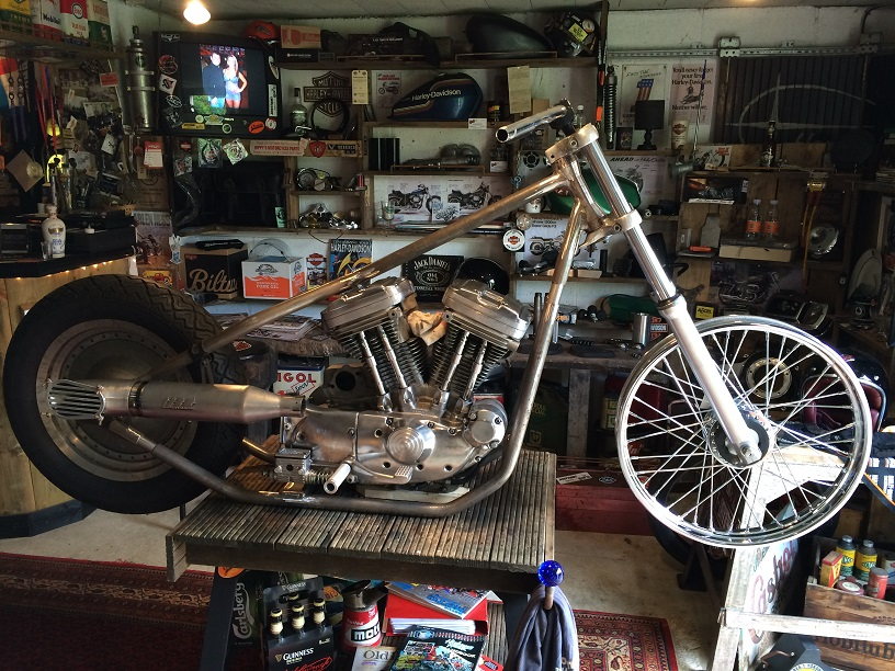 PROJET RIGIDE SUR BASE SPORTSTER BOITE 4 - Page 6 870980IMG4937