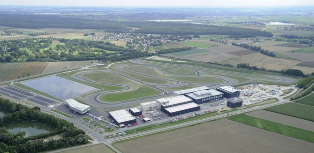 AUDI AG inaugure un complexe high-tech à Neubourg 871712AU140594large