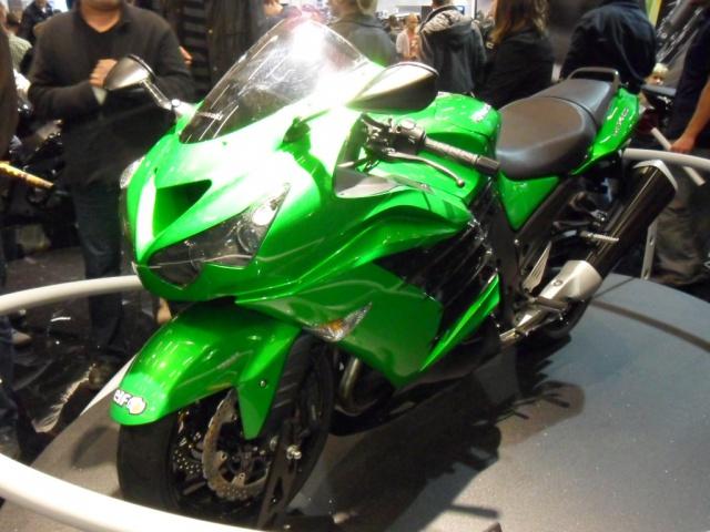 Salon de la moto 2012  873669SAM0311