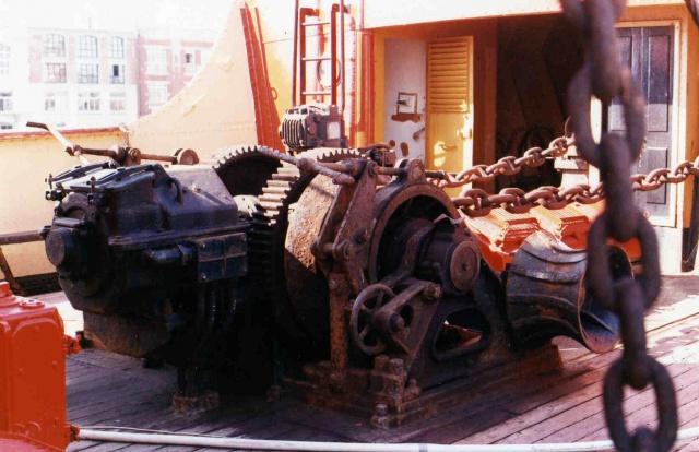"""CONSTRUCTION du BATEAU FEU  """"SANDETTIE"""" - Page 4 874365Autosbateauxmaison466"""