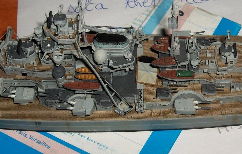 Bismarck 1/700 [Trumpeter] - Page 6 876125HPIM2244