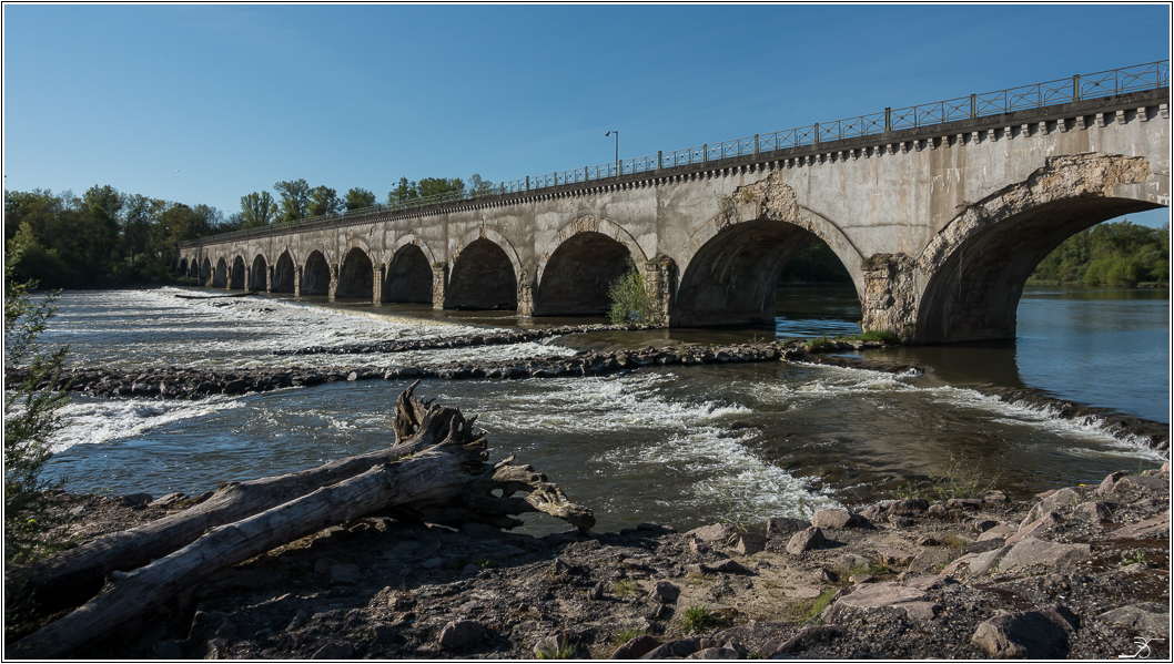 Pont canal sur l' allier 877380LR6DSC07218