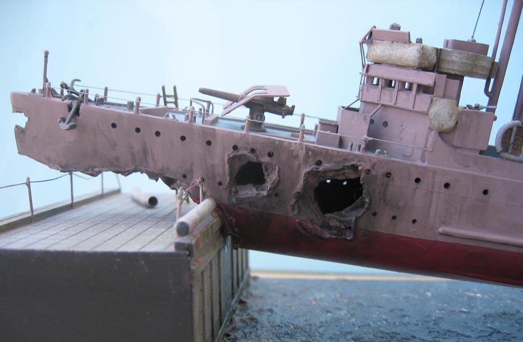 [Revell] Destroyer HMS Campbeltown - 1/240. 879444Campbel48