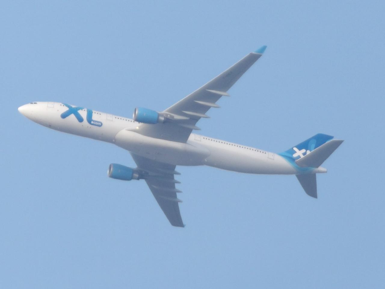 "Avion ""Spotté"" du Jardin. 881230FHXLF1"
