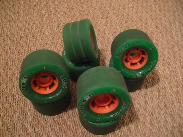 test shark wheels 2 8820986fly