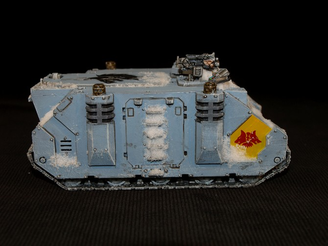 Space Wolves - Typhon... un peu particulier  883742Rhino13