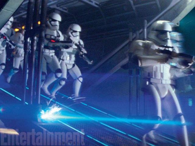 [Lucasfilm] Star Wars : Le Réveil de la Force (2015) - Page 6 885708w47