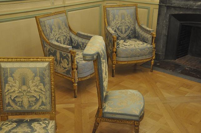 Exposition Mme Elisabeth à Montreuil - Page 3 88921672850320130521200620DSC0056