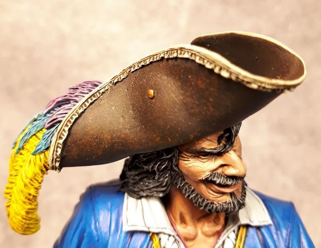 Buste de Pirate - FINI !!!!!! 889235bustePirate14